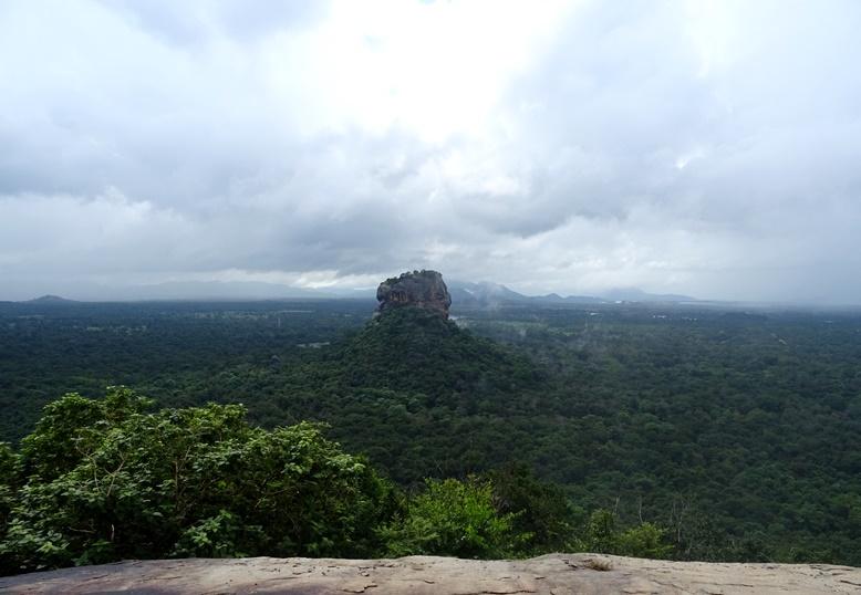 Sri lanka een rondreis door de groene parel van azi reismeis - Trappen rots ...